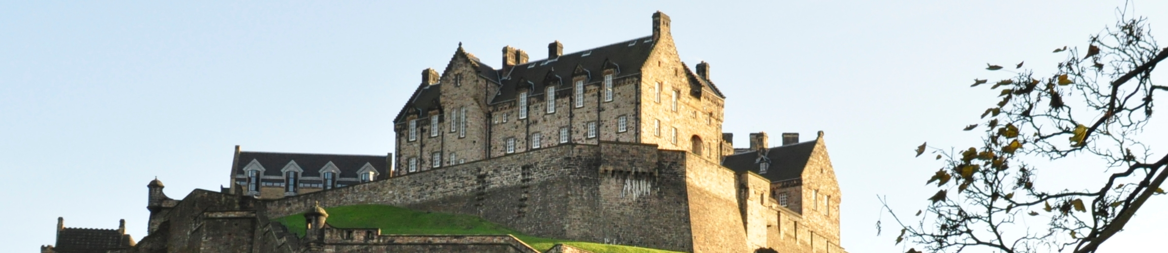 Edinburgh castle - Campervan Hire Edinburgh