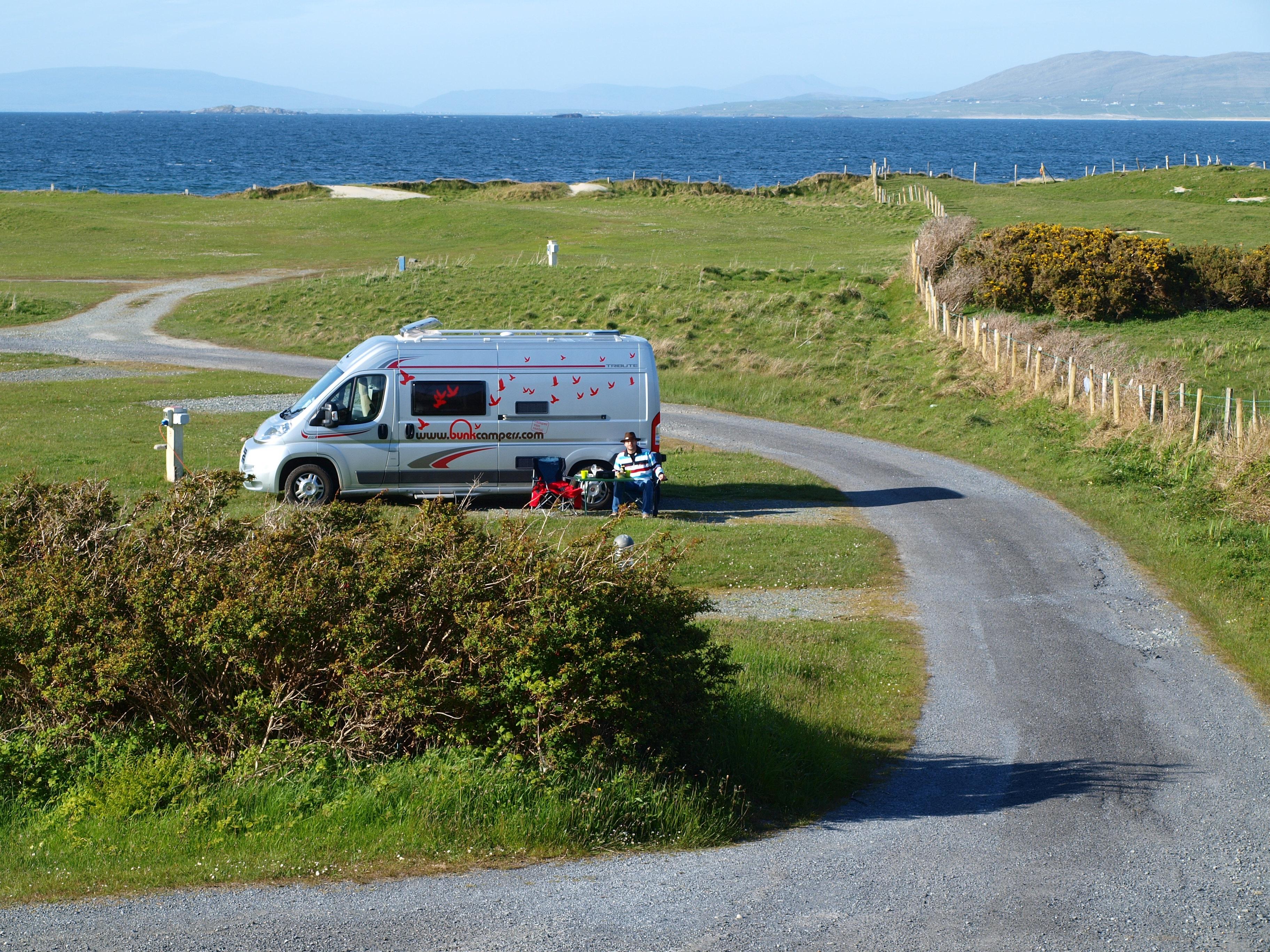 Simple Campervan Amp Motorhome Hire Ireland  Bunk Campers  Honeymoonscom