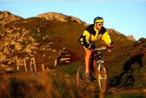 Cycling in Ireland - Bunk Campers - Campervan Hire