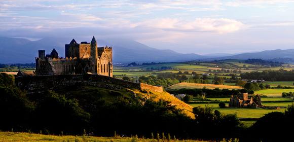 Irelands-Ancient-East-Rock-of-Cashel